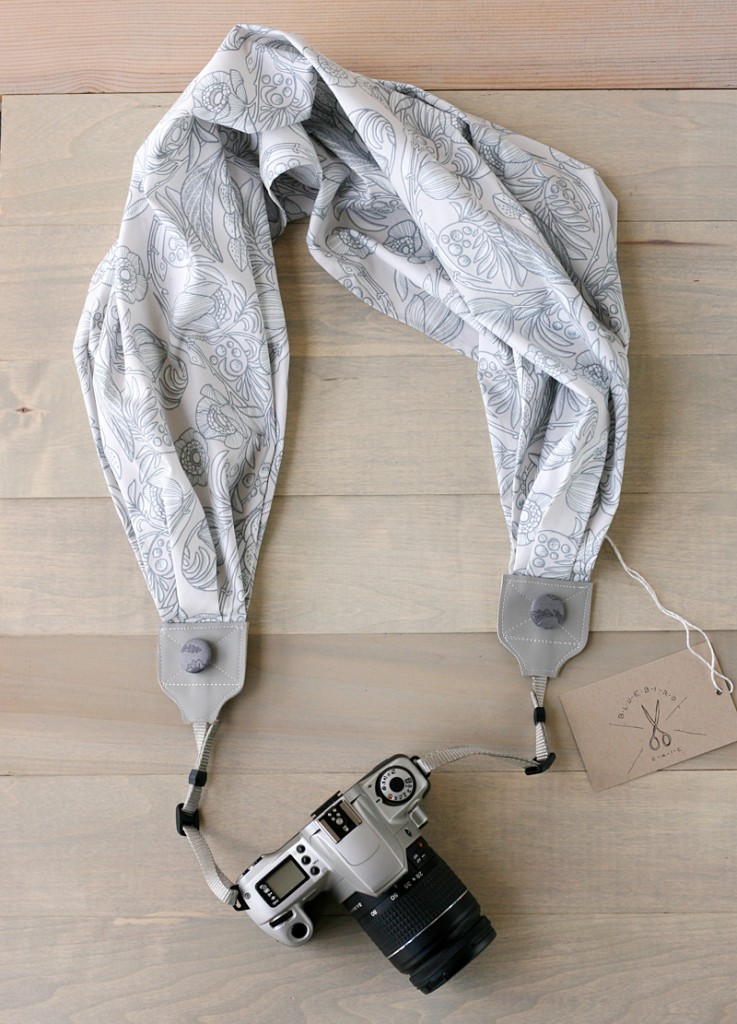 bluebirdchic scarf camera strap winter gray