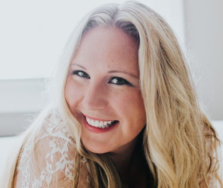 Bluebird Chic Ambassador Spotlight | Kim Hoover of Apple of Our Eye Photography | Bluebird Chic