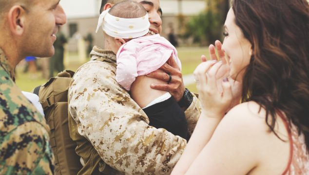 6 Tips for Capturing a Family's Reunion with their Servicemen and Women