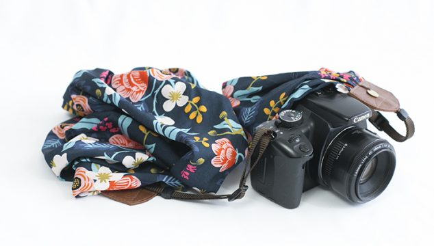 this week's featured strap – Navy Birch Bark Floral